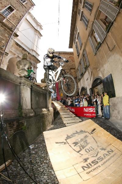 Livio Zampieri sul salto iniziale ©Matteo Cappè