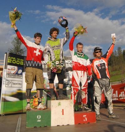 4X podio