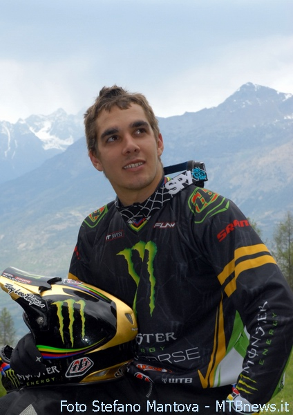 Sam Hill in una pausa
